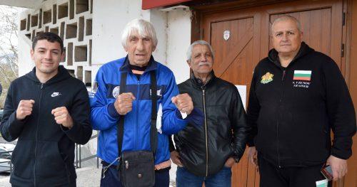 """⬆⬆ Четири поколения боксьори на """"Арда"""" """"се срещнаха"""" на ринга в Кърджали ⬆⬆"""