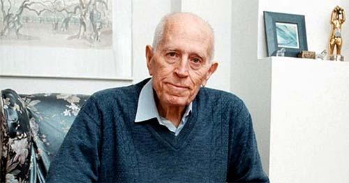 ⬆⬆ Писателят Николай Хайтов е отличен като почетен гражданин на Кърджали през 1983 година ⬆⬆